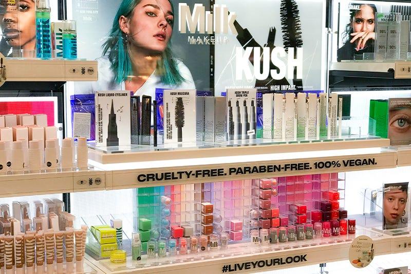 MILK Makeup LED Display